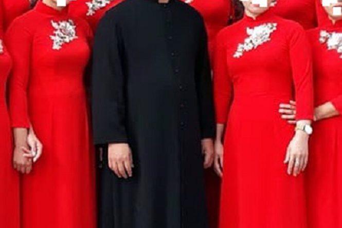 Giáo dân giáo xứ Văn Phú đang trông chờ điều gì ?