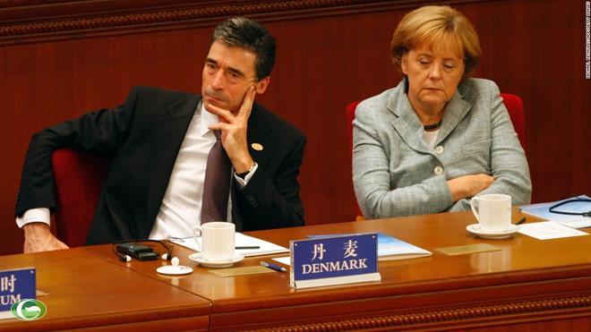 Bà Angela Merkel gà gật khi tham dự khai mạc Hội nghị thượng đỉnh Á - Âu lần thứ 7 tại Bắc Kinh vào tháng 10/2008.