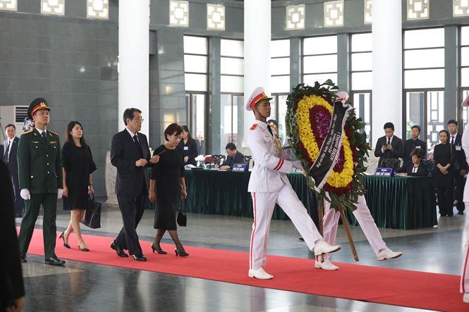 Các đoàn nước ngoài đến viếng nguyên Tổng Bí thư Đỗ Mười - ảnh 12