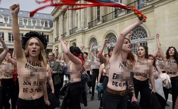Hàng chục phụ nữ ngực trần biểu tình rầm rộ ở Paris