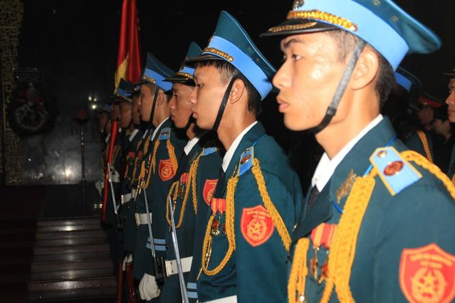 Tiễn đưa linh cữu ông Bảy A về quê nhà Lai Vung - ảnh 3