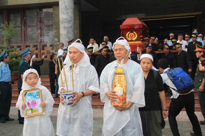 Tiễn đưa linh cữu ông Bảy A về quê nhà Lai Vung - ảnh 5