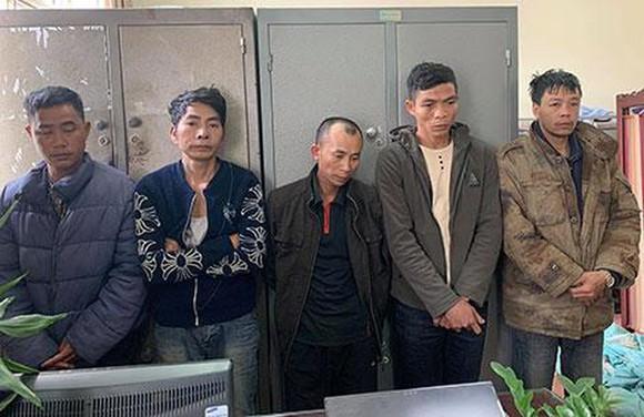 Các đối tượng trong ổ nhóm tội phạm vừa bị bắt giữ